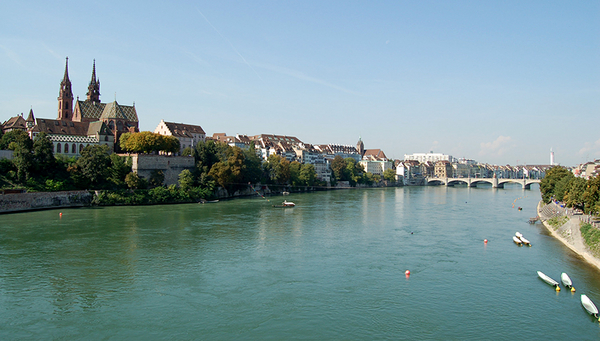 Even in Basel, 100 km downstream of the pharmaceutical manufacturing site, the patterns of drug production emissions were still detectable. (Photo: Norbert Aepli, CC BY)