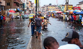 Flooding in Lagos, Nigeria: floods are becoming an increasingly serious problem in West Africa, which is likely to worsen with climate change. (Photo: peeterv / iStock)