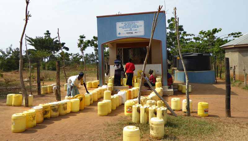 Water kiosk in Uganda. (Maryna Peter, FHNW)